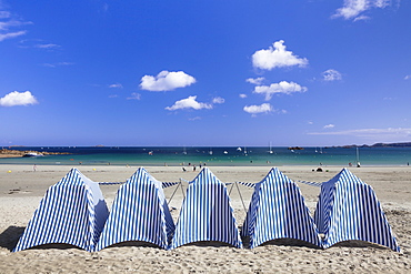 Beach of Perros Guirec, Cote de Granit Rose, Cotes d'Armor, Brittany, France, Europe