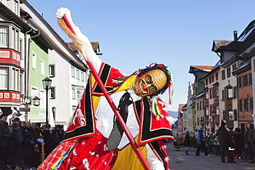 Man in traditional costume (Federahannes), Narrensprung, traditional carnival, Rottweiler Fasnet, Rottweil, Black Forest, Baden Wurttemberg, Germany, Europe