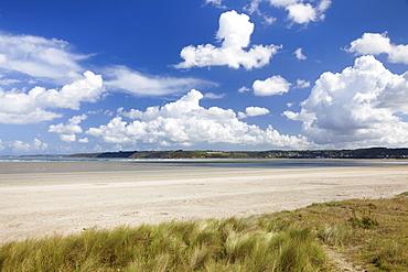 Dunes and cumulus clouds, Baie de Lannion, Cote de Granit Rose, Cotes d'Armor, Brittany, France, Europe