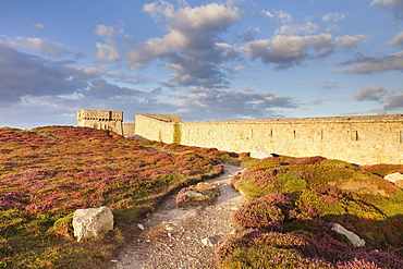 Fortress at Pointe de Toulinguet, Peninsula of Crozon, Finistere, Brittany, France, Europe