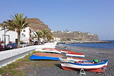 Fishing boats at the beach, Playa de Santiago, La Gomera, Canary Islands, Spain, Atlantic, Europe