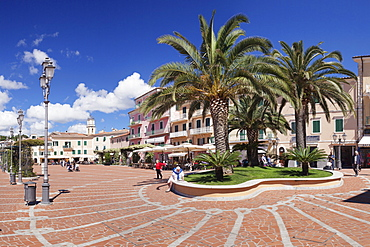 Piazza Matteotti, Porto Azzuro, Island of Elba, Livorno Province, Tuscany, Italy, Europe