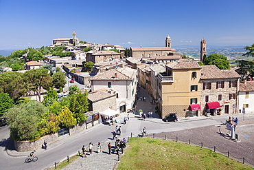 Montalcino, Val d'Orcia (Orcia Valley), Siena Province, Tuscany, Italy, Europe