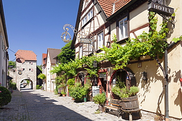 Restaurant in Maingasse street, Maintor Gate, Wine village of Sommerhausen, Mainfranken, Lower Franconia, Bavaria, Germany, Europe