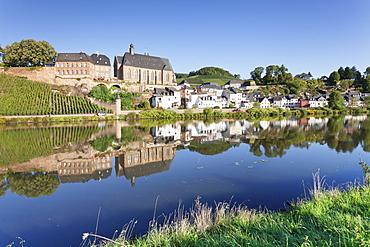 Ortsansicht and church, St. Laurentius, Saarburg, Rhineland-Palatinate, Germany, Europe