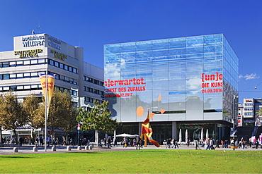 Kunstmuseum, Schlossplatz Square, Stuttgart, Baden-Wurttemberg, Germany, Europe