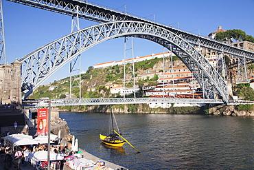 Rabelos boat on Douro River, Serra do Pilar Monastery, Ponte Dom Luis I Bridge, UNESCO World Heritage Site, Porto (Oporto), Portugal, Europe