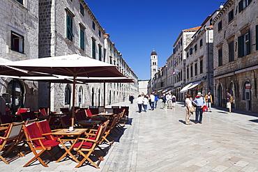 Street cafe on the main road Placa Stradun, Old Town, UNESCO World Heritage Site, Dubrovnik, Dalmatia, Croatia, Europe