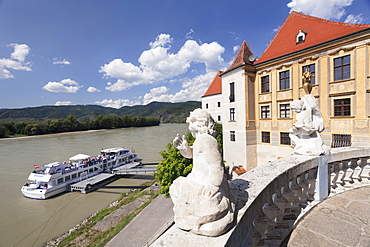 View from Terrace of the Church to Danube River, Collegiate church, Durnstein Abbey, Durnstein, Wachau, Lower Austria, Europe
