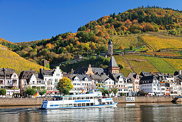 Excursion boat on Moselle River, Runder Turm Tower, Zell, Rhineland-Palatinate, Germany, Europe