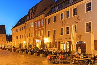 Sidewalk restaurants at the market place, Pirna, Saxon Switzerland, Saxony, Germany, Europe