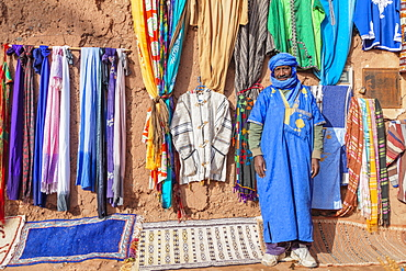 Berber selling souvenirs, Ait-Benhaddou, Morocco, North Africa, Africa
