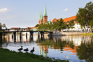 River Stadttrave with Petri church and Marien church, Lubeck, Schleswig Holstein, Germany, Europe