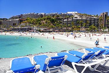 Sun loungers at a beach, Arguineguin, Anfi del Mar, Playa de la Verga, Gran Canaria, Canary Islands, Spain, Atlantic, Europe