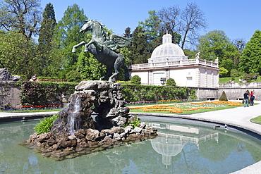 Fountain in Mirabell Garden, UNESCO World Heritage Site, Salzburg, Salzburger Land, Austria, Europe