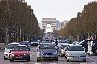 Traffic stops at pedestrian crossing on Champs-?lys?es, Central Paris, France