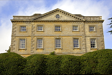 Front elevation of a grand house in the Cotswolds, Oxfordshire, United Kingdom