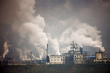Pollution from cement factories along the Yangtze River, China