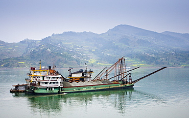 Transportation of cement by boat on the Yangtze River, China