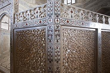 The Taj Mahal mausoleum marble tombs of Shah Jahan and Mumtaz Mahal , Uttar Pradesh, India