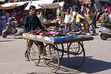 Street scene at Sardar Market at Girdikot, Jodhpur, Rajasthan, Northern India