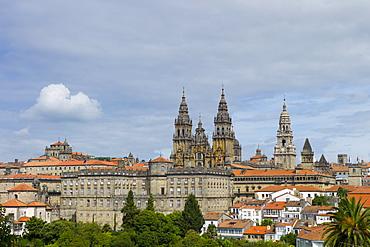 Roman Catholic cathedral, Catedral de Santiago de Compostela, cityscape from Alameda Park, Galicia, Northern Spain