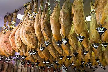 Viandas de Salamanca, Iberico jamon, on sale in artisan food shop in Calle de Bidebarrieta in Bilbao, Basque country, Spain