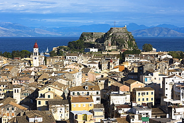Panorama of Kerkyra, Corfu Town with Old Fort (Paleo Frourio), UNESCO World Heritage Site, Corfu, Greek Islands, Greece, Europe