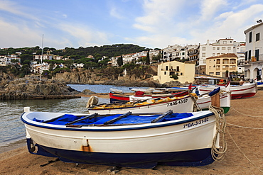 Calella de Palafrugell, early morning, fishing boats on small beach, Costa Brava, Girona, Catalonia, Spain, Europe