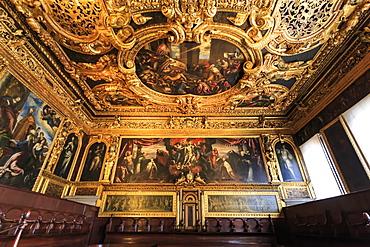 Senate Hall (Sala del Senato), Doge's Palace, Venice, UNESCO World Heritage Site, Veneto, Italy, Europe