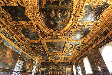 Hall of the Great Council (Sala del Maggior Consiglio), Doge's Palace, Venice, UNESCO World Heritage Site, Veneto, Italy, Europe