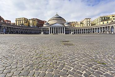 Basilica di San Francesco di Paola, in the cobbled square of Piazza del Plebiscito, City of Naples, Campania, Italy, Europe