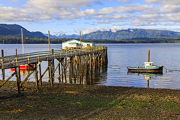 Alert Bay, boats, old dock building and jetty on piles, Vancouver Island, Inside Passage, British Columbia, Canada, North America