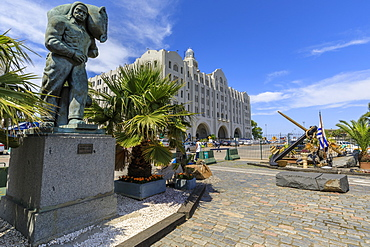 Port, statue, anchor and port building, Montevideo, Uruguay, South America