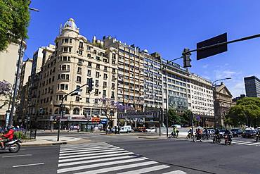 Busy traffic on many laned highway, Avenue 9 de Julio, Plaza de la Republica, Congreso and Tribunales, Buenos Aires, Argentina, South America