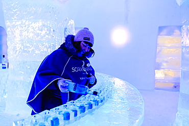 Sorrisniva Igloo Hotel, snow or ice hotel, striking sculpture, ice bar, Alta, Finnmark, Arctic Circle, North Norway, Scandinavia, Europe