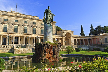 Palace of Saints Michael and George (Royal Palace) (City Palace) with statue, the Esplanade, Corfu Town, Corfu, Ionian Islands, Greek Islands, Greece, Europe