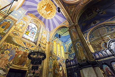 Interior murals and stained glass windows, Cathedral of the Assumption of the Virgin, Varna, Black Sea Coast, Bulgaria, Europe