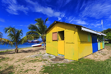 Colourful beach hut bar and boats, Saline Bay, Mayreau, Grenadines of St. Vincent, Windward Islands, West Indies, Caribbean, Central America