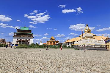 Migjid Janraisig Sum, Gandan Khiid, Buddhist Monastery containing huge golden Buddha statue, Ulaanbaatar (Ulan Bator), Mongolia, Central Asia, Asia