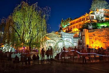 Big Water Wheels in Lijiang at night, Yunnan, China, Asia