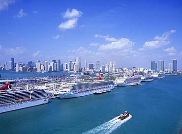 Miami Harbor, Florida, America