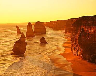 Twelve Apostle Rock, Australia