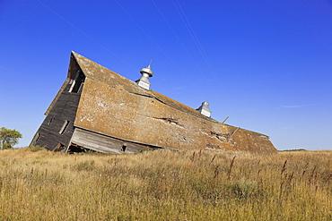 Ruins of farmers house at Saskatchewan, Canada