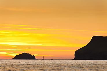 Sunset at Polzeath Beach (Cornwall, England)