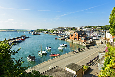 A small harbour town in Cornwall (England)