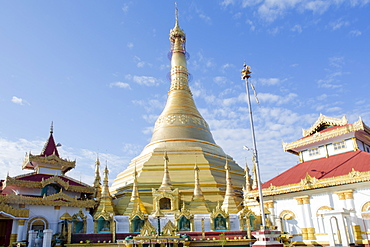 The Kyaik Tan Lan pagoda in the centre of Mawlamyine, Mon, Myanmar (Burma), Southeast Asia