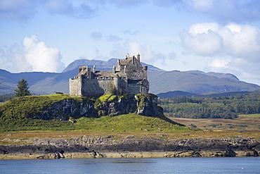 Duart Castle, Mull, Inner Hebrides, Scotland, United Kingdom, Europe