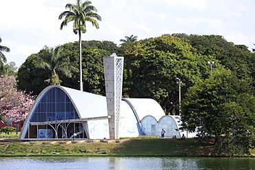 The church of Sao Francisco (St. Francis of Assisi) by Oscar Niemeyer, Pampulha, Belo Horizonte, Minas Gerais, Brazil, South America