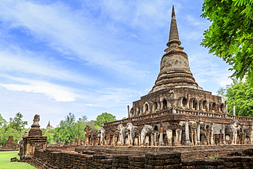 Temple in Si Satchanalai decorated with elephant sculptures, Sukhothai, UNESCO World Heritage Site, Thailand, Southeast Asia, Asia